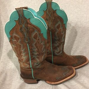 Ariat Crossfire Caballera Brown cowboy boot 6 1/2